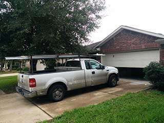 Door Maintenance | Garage Door Repair Steiner Ranch, TX