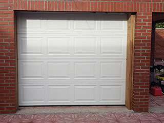 Door Repair Services | Garage Door Repair Steiner Ranch, TX